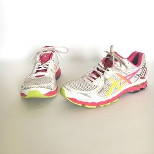 ASICS GEL GT-2000 Size 12 White Pink Yellow T3P8N